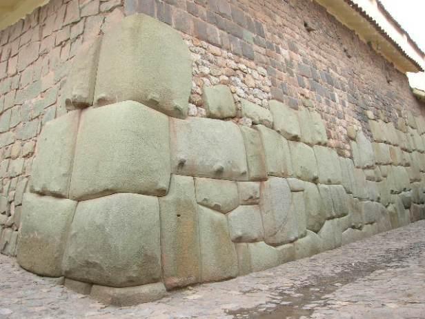 """""""Cusco City archaelogical sites"""""""