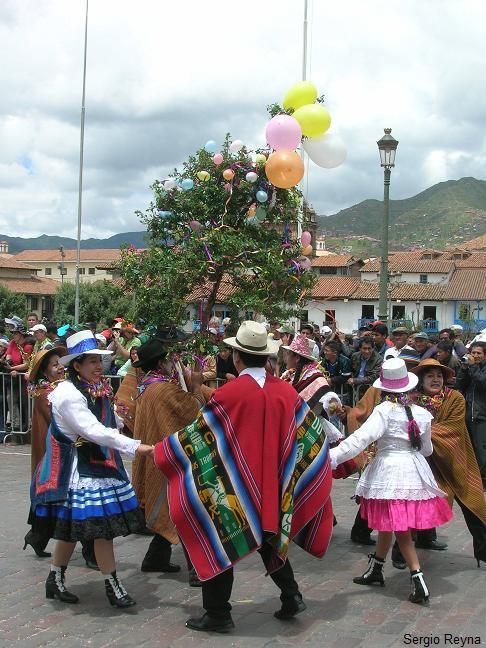 Goodbye Cusco Carnival 2011 – Peru En Route